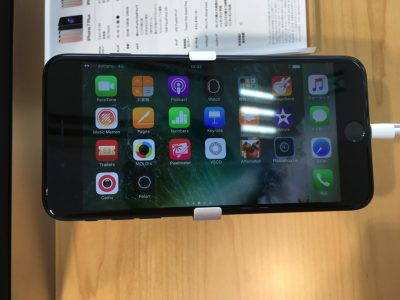 本日9月16日はiPhone7/7 Plusの発売日!手に入らなかったので実機の写真を撮ってみた。