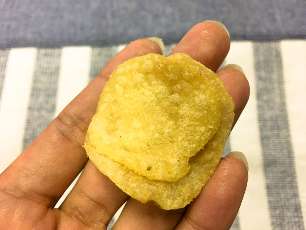 堅あげポテト 白えび味