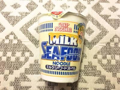 日清食品の「カップヌードル ミルクシーフードヌードル」を食べてみた!