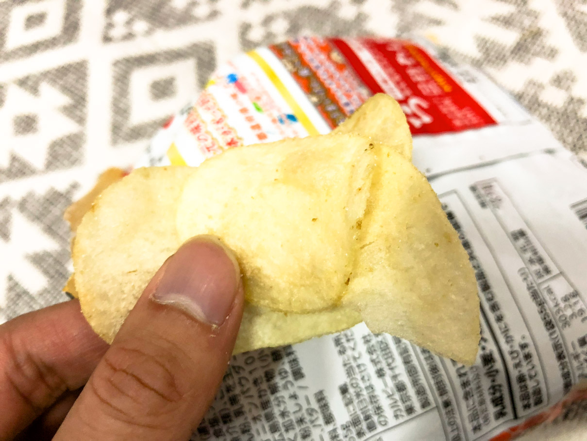 ポテトチップス 広島の味 牡蠣のバター焼き味