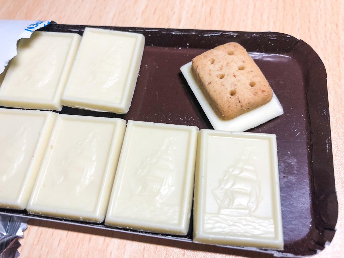 白のアルフォート ミニチョコレート 広がる塩バニラ風味